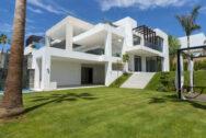 Luxury villa at Los Flamingos Costa Del Sol 01